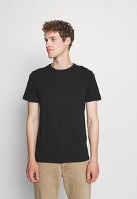 Pier One - 5 PACK - Basic T-shirt - black/white - 1