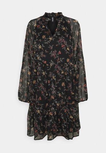 PCRIKA DRESS - Kjole - black