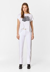 Bimba Y Lola - TWO-TONE - Jeans Straight Leg - white - 1