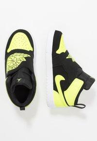 Jordan - SKY 1 - Basketball shoes - black/volt/white - 0