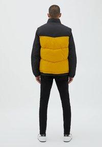 PULL&BEAR - Waistcoat - yellow - 2