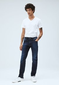 Pepe Jeans - STANLEY - Slim fit jeans - blue - 1
