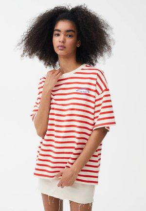 SLOGAN - Print T-shirt - red