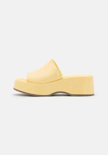 VIBE - Heeled mules - yellow