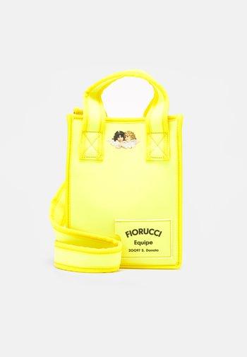 EQUIPE TOTE - Håndveske - yellow