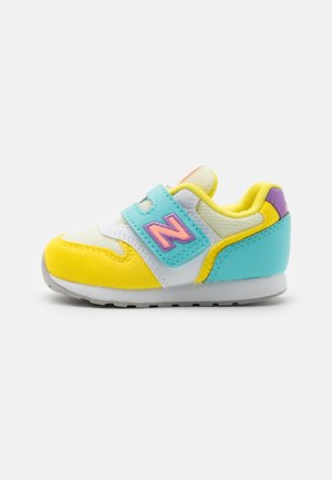 IZ996MYS UNISEX - Trainers - yellow/aqua