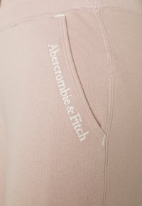 Abercrombie & Fitch - EMBROIDERED LOGO JOGGERS - Tracksuit bottoms - pink - 2