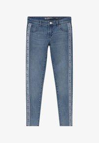 Guess - JUNIOR SKINNY - Jeans Skinny - light-blue denim - 2