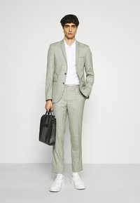 Viggo - SVENSKT SLIM SUIT - Suit - light grey - 1