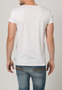 Resteröds - JIMMY - Basic T-shirt - weiß - 3