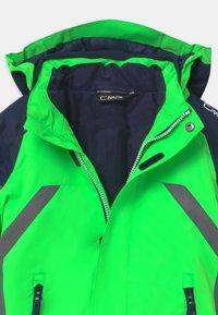 CMP - BOY SNAPS HOOD - Lyžařská bunda - verde fluo - 3