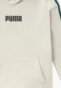 Puma - PUMA X ZALANDO TAPE HOODIE - Mikina skapucí - silver birch - 3