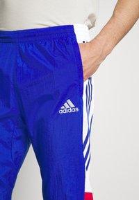 adidas Performance - TRACK - Träningsbyxor - team royal blue/white/scarlet - 4