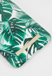 iDeal of Sweden - FASHION CASE - Phone case - monstera jungle - 2
