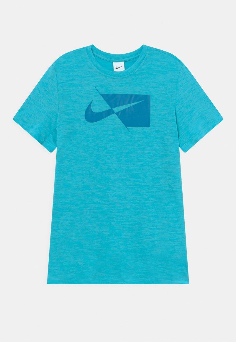 Nike Performance - PLUS - T-shirt print - chlorine blue/imperial blue