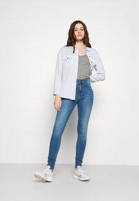 Dr.Denim - PLENTY - Jeans Skinny - storm mid blue - 1