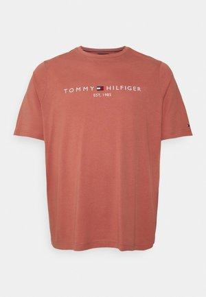 LOGO TEE BIG & TALL - Print T-shirt - mineralize