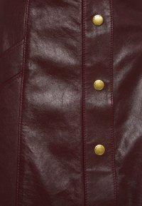 Coach - SNAP FRONT  - Pencil skirt - espreso - 2