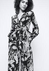 Diane von Furstenberg - HESY - Haalari - black - 4