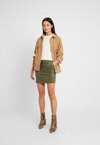 ONLY - ONLJULIE BONDED SKIRT - Mini skirt - grape leaf - 1