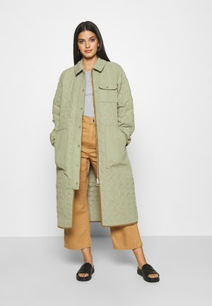 PETRIANE - Parka - oil green