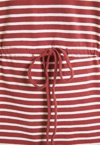 ONLY Carmakoma - CARAPRIL LIFE STRING DRESS - Vestido ligero - apple butter/cloud - 5