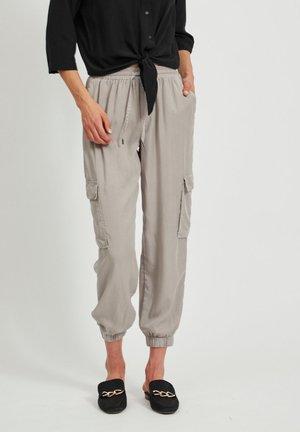 VILISTI 7/8 PANTS - Trousers - simply taupe