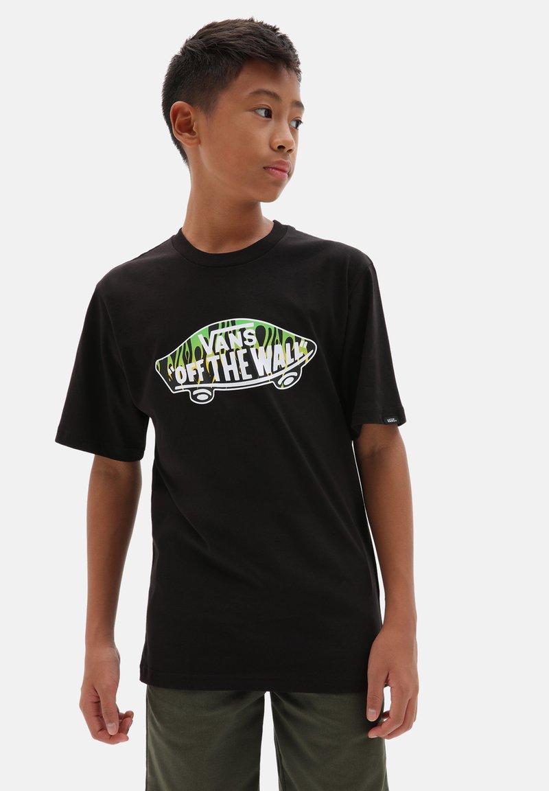 Vans - BY OTW LOGO FILL BOYS - T-shirt print - black/slime