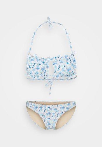 GATHERED BACKLESS BANDEAU GATHERED BUM FULL - Bikini - light blue
