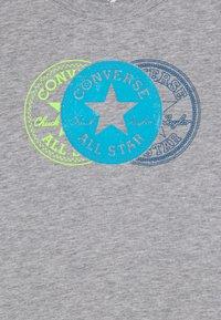 Converse - COLLEGIATE VERTICAL - Bluzka z długim rękawem - grey heather - 2