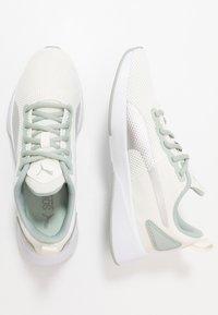 Puma - FLYER RUNNER SPORT - Zapatillas de running neutras - marshmallow/white - 1