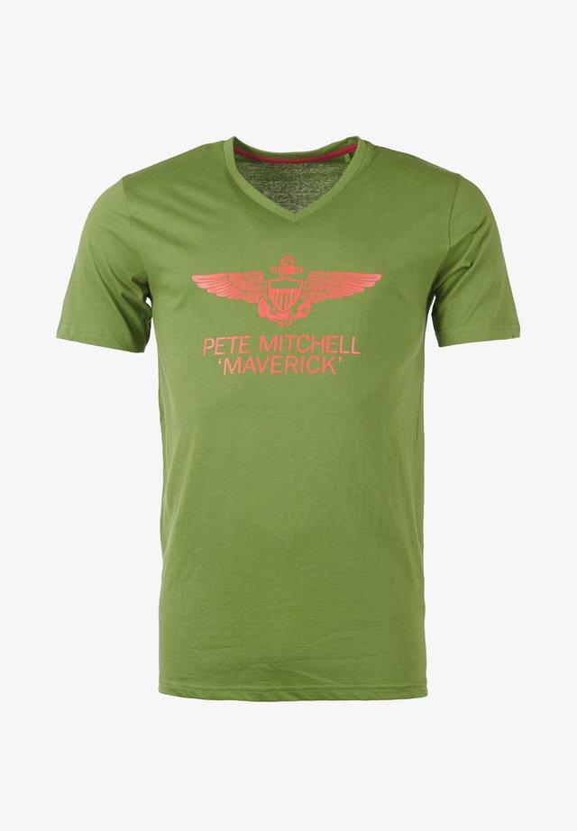 MIT AUFDRUCK  - Print T-shirt - olive