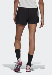 adidas Performance - 3-STRIPES SPORTS LOOSE - T-shirts med print - black/white - 2