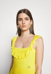 Just Cavalli - Společenské šaty - yellow - 4