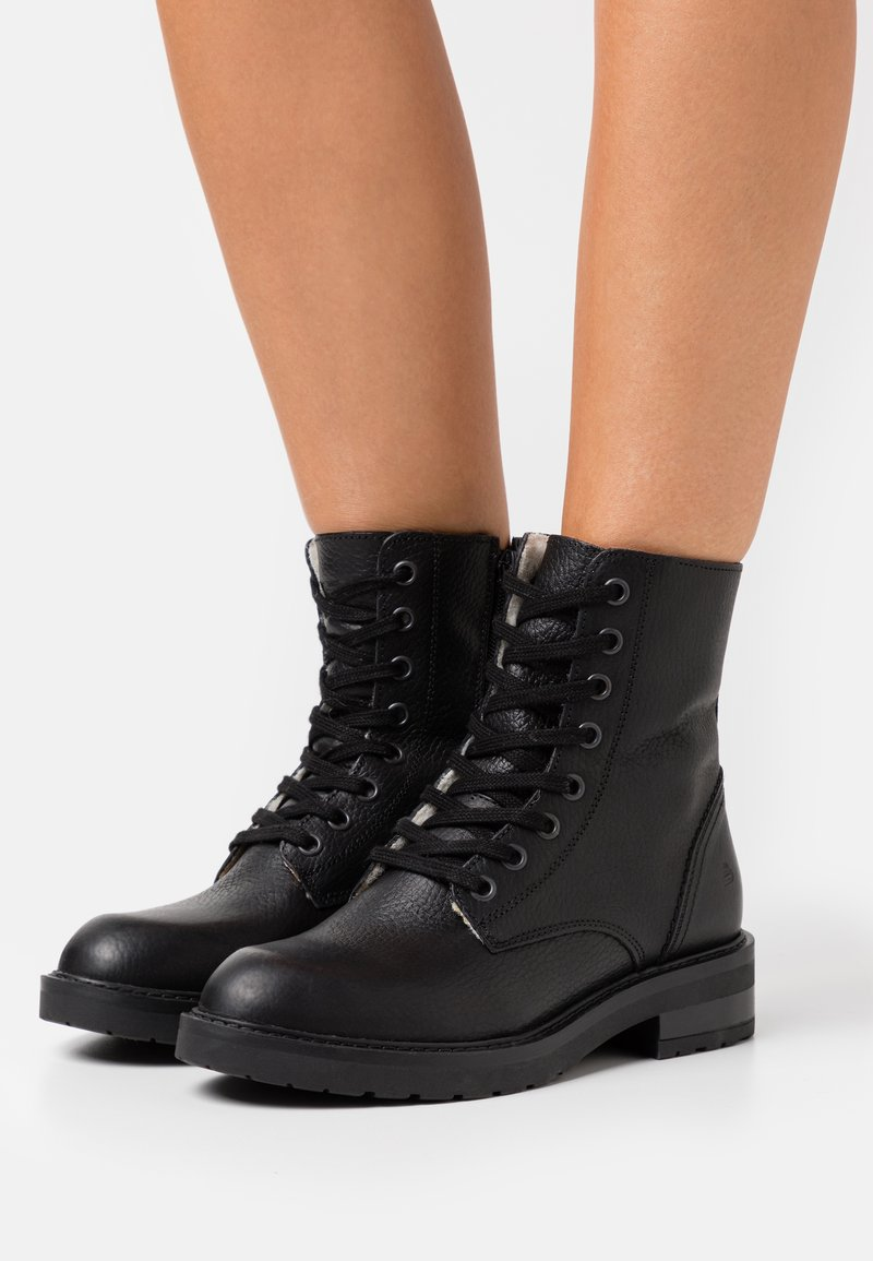Bullboxer - Lace-up ankle boots - black