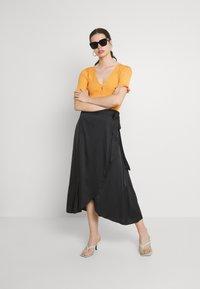 Monki - Maxi skirt - black dark - 1