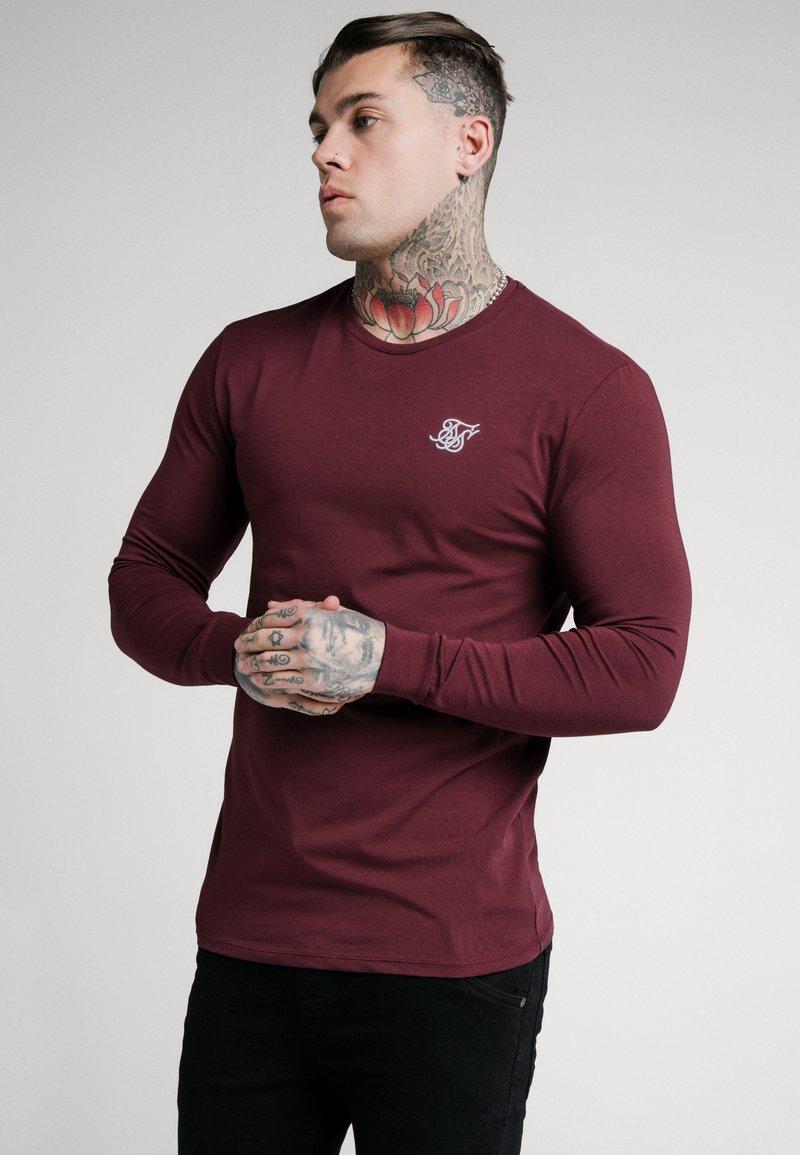 SIKSILK - STRAIGHT HEM GYM TEE - Long sleeved top - burgundy