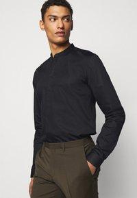 HUGO - ENRIQUE - Camicia - black - 3