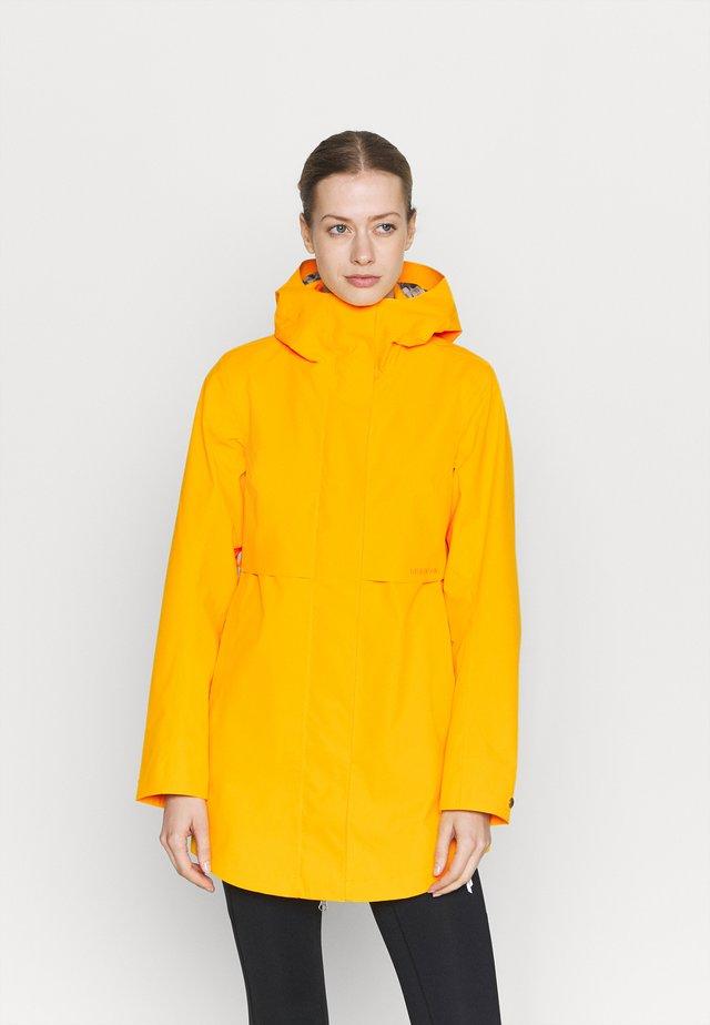EDITH - Kurtka przeciwdeszczowa - saffron yellow