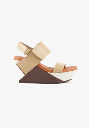 DELTA - Wedge sandals - toffee
