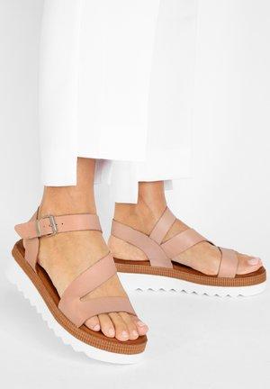 Sandalen met plateauzool - blush blh