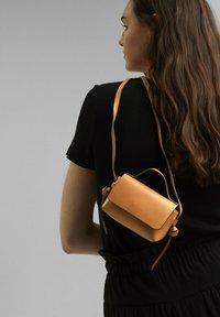 edc by Esprit - Across body bag - camel - 0