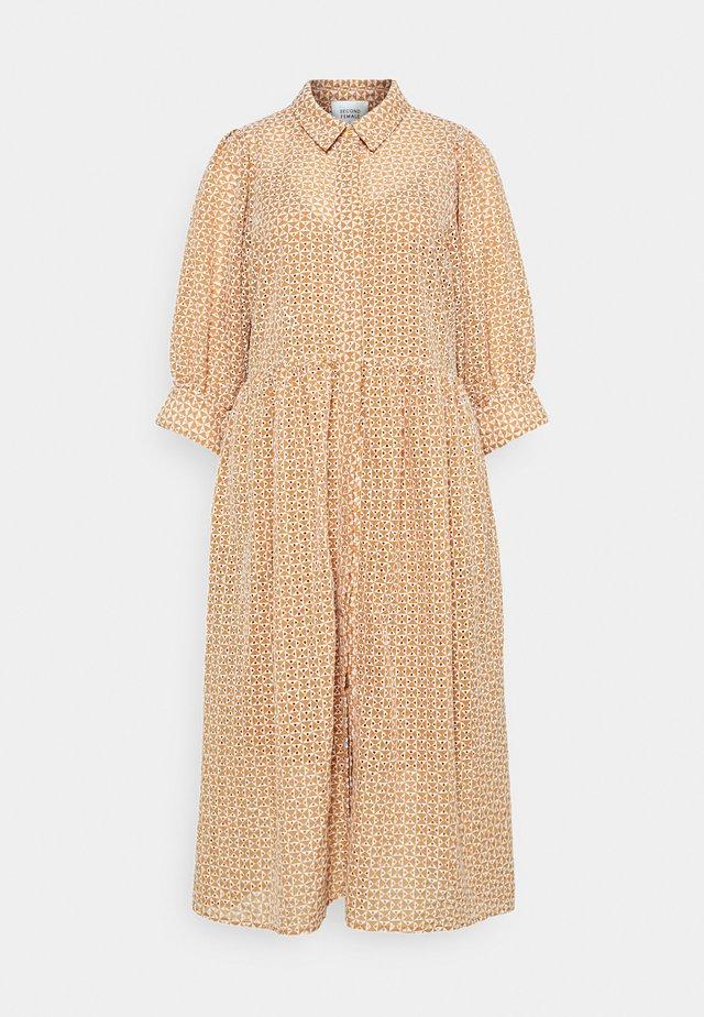 ZELDA DRESS - Skjortklänning - tuscany