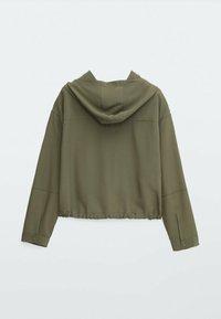 Massimo Dutti - MIT TASCHEN UND KAPUZE - Summer jacket - khaki - 1