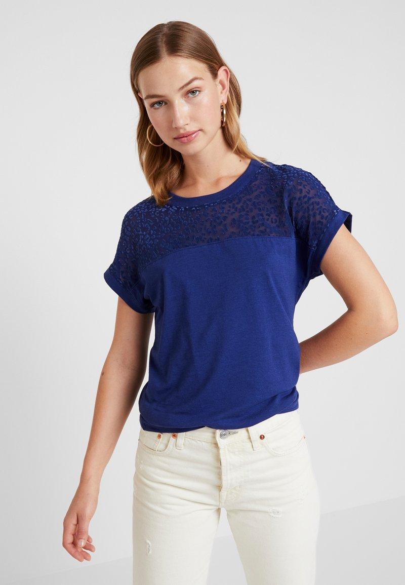 ONLY - ONLBURNOUT - Basic T-shirt - blue