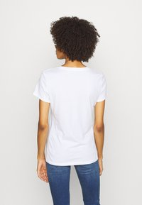 GAP - TEE - T-shirts med print - white/multicolor - 2
