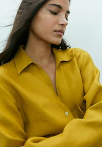 Massimo Dutti - Button-down blouse - mustard yellow - 3