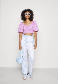 Gina Tricot - LEAH - Print T-shirt - light purple - 1