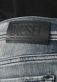 Diesel - SLEENKER-X - Slim fit -farkut - dark-blue denim - 5