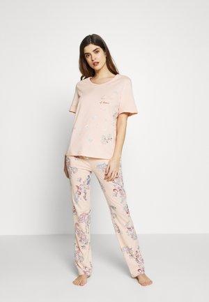 Pyjamas - light brown
